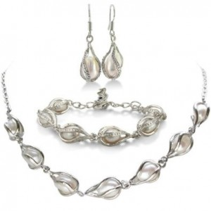 Unusual Freshwater Pearl Set Necklace Bracelet And Earrings 19 99 Shipped