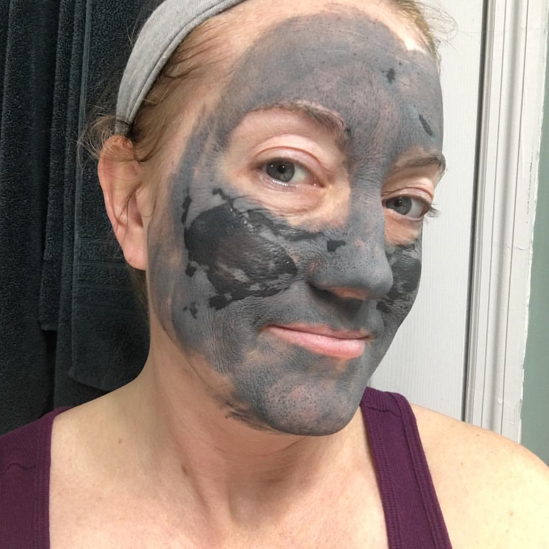 beautycounter-charcoal-mask